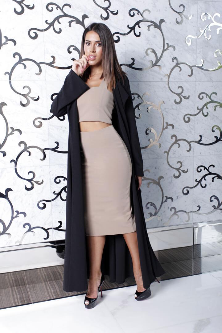 Long Skirt w Blck Duster